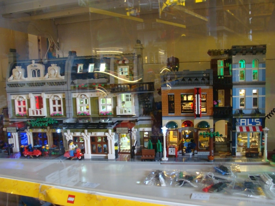 LEGO Mainstreet