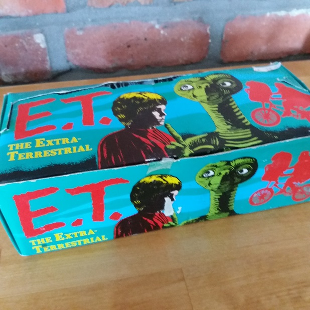 ET, the extra terrestrial Trading cards